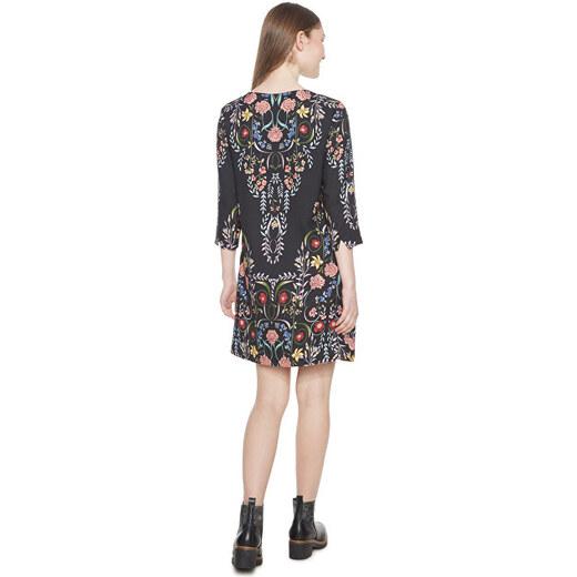 5ba7c7c3c763 Desigual Dámske šaty Vest Clementine Negro 18WWVW17 2000 - Glami.sk