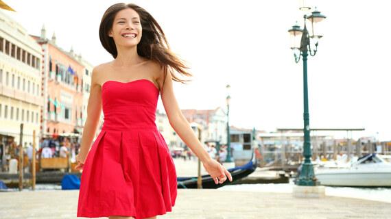 Červené šaty v každém stylu