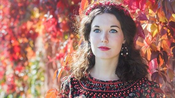 Kolekce Podzimní móda s květinovým vzorem od Glami