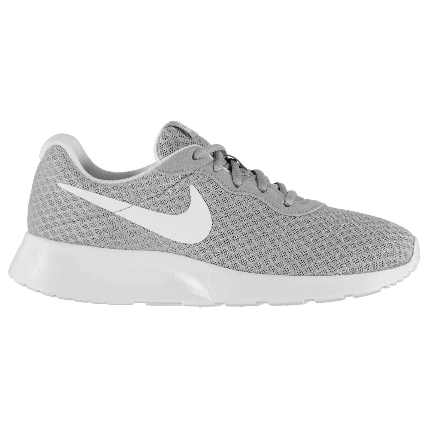 boty Nike Tanjun dámské Grey White - Glami.sk 21d1ca2ec0