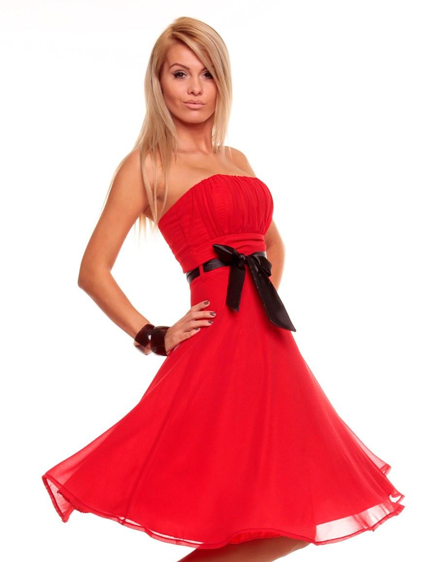 bf1156f6ce4 Luxusní červené šaty na ples - Glami.cz